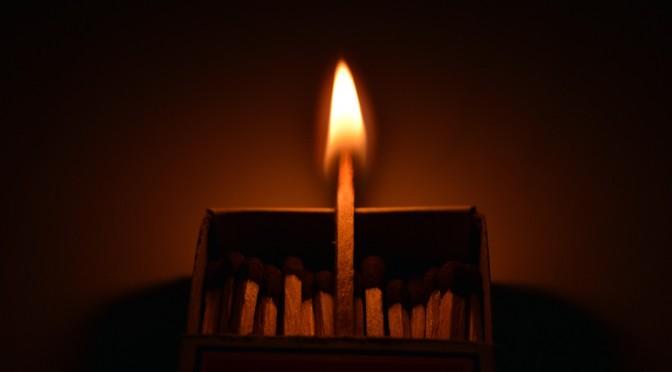 flames-897427_1920